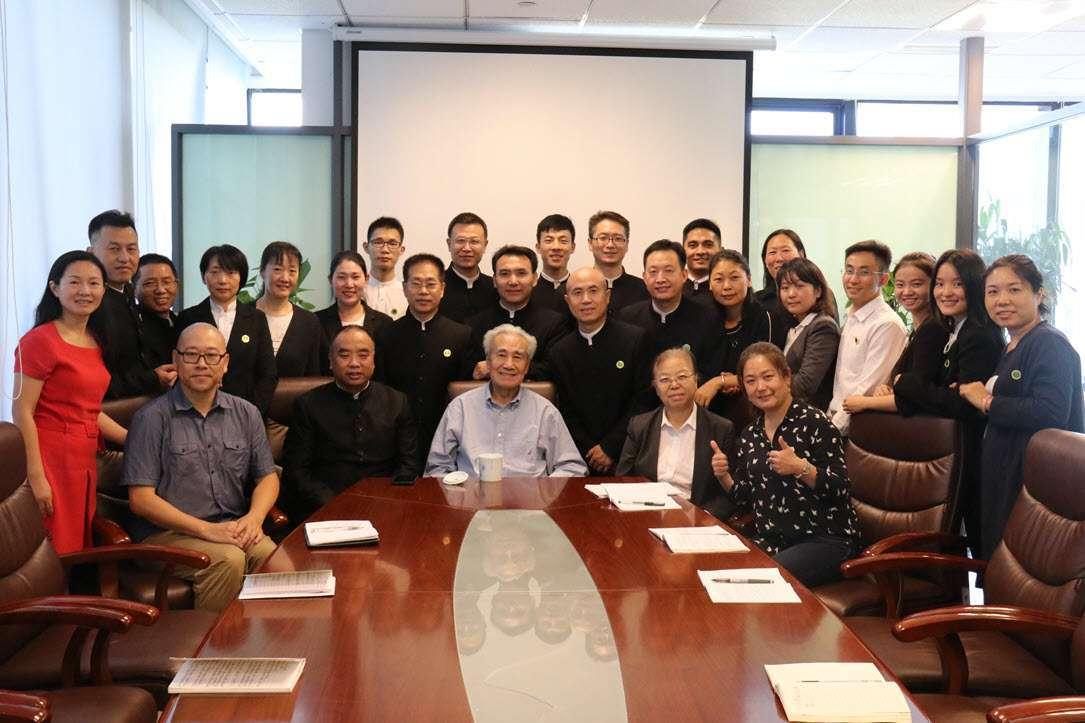Dr. Pang with Beijing Qigong teachers